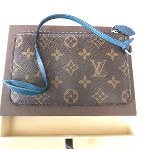 Louis Vuitton Pochette RARE